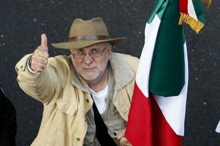 SERVIDORES DE AMOR PAZ EXIGIMOS LA ¡¡RENUNCIA GARCIA LUNA!! Javiersicilia4_0